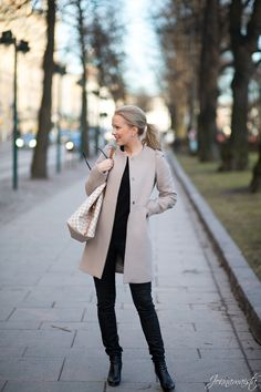 Outfit in Neutral Tones