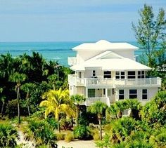 North Captiva Island house rental - Sea Breeze overlooks the aqua waters of the Gulf Sanibel Island, North Captiva Island, Island Beach, Places In Florida, Florida Vacation, Captiva Florida, Mansions For Rent, Strand, Places To Go