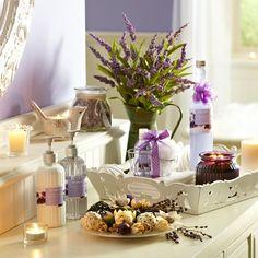 Photo Album Gallery Lavender Bathroom Decorating Ideas See More Unos preciosos detalles para el ba o Decorar tu casa es facilisimo