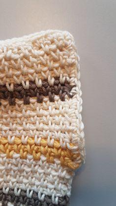 Wildes supermjuka, sömlösa Pippitröja! | Stitches and Supper Baby Knitting Patterns, Stitches, Diy And Crafts, Crochet Hats, Beanie, Men, Fashion, Dots, Moda