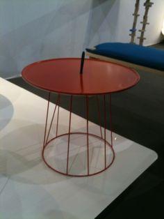 Carcasse d'abat-jour + plateau = table basse design ! Decoration, Allez Hop, Lyon, Connection, Inspiration, Furniture, Home Decor, Table Tray, Table Legs