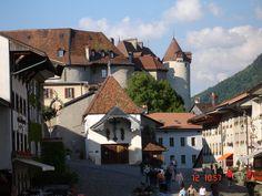Gruyères, Switzerland #castle # historiccity