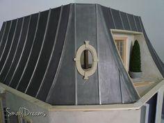 Dollhouse roof under construction - finish