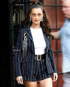 striped blazer and short set with a white blouse. Visit Daily Dress Me at dailyd striped blazer and short set with a white blouse. Visit Daily Dress Me at dailyd. Fashion Mode, School Fashion, Fashion 2018, Look Fashion, Autumn Fashion, Fashion Outfits, Ladies Fashion, New York Fashion, Dress Fashion