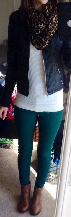 Toms Shoes OFF!>> Pitch black (Minus the) leather double peplum jacket from Express. Leopard infinity scarf from Express. Mesh dolman from Express. Green skinnies from Papaya. Teal Pants Outfit, Jeggings Outfit, Casual Summer Outfits, Winter Outfits, Casual Fridays, Outfit Summer, Summer Fashion Trends, Autumn Fashion, Teal Jeans