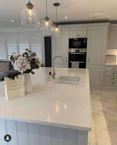 Open Plan Kitchen Dining Living, Open Plan Kitchen Diner, Living Room Kitchen, Home Decor Kitchen, Home Kitchens, Kitchen Island, Kitchen Ideas, Modern Kitchen Interiors, Modern Kitchen Design