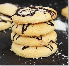 Cake Recipes, Dessert Recipes, Desserts, Chocolate, Macaroons, Nutella, Biscuits, Sweet Tooth, Food And Drink