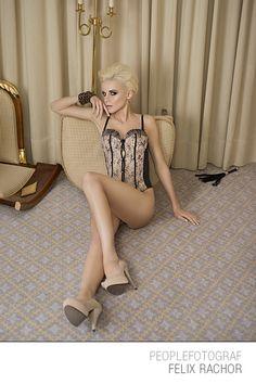 #lingery  #hotel #ritzcarlton #glamour #fashion #skin #photoshop #tutorial #workshop #colour #sexy #shiny #skinny