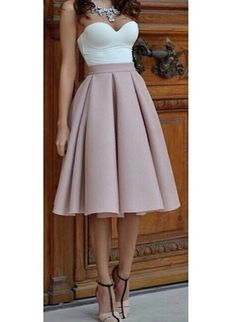 High Waist Blush Tulip Skirt by My Silk Fairytale. Would wear different shoes though. Passion For Fashion, Love Fashion, Fashion Beauty, Fashion Outfits, Womens Fashion, Pretty Dresses, Beautiful Dresses, Mode Chic, Look Cool