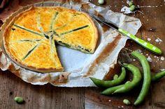 Questo mese ho usato la farina della @equilibriumfood per preparare una Quiche alle fave asparagi e pecorino  una cosina bella saporita  Per scoprire la ricetta non vi resta che visitate il sito http://ift.tt/1MRSjlr (trovate il link diretto nella bio del profilo @equilibriumfood ) by cucinalibriegatti