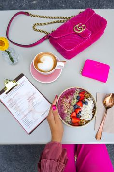 "Acai bowl  at ""Chez Oskzar"" in Zurich. Follow my blog or #zurichfoodadvisor on Instagram for more food advices in Zurich. #zurich #zürich #zurichfood #foodie  #foodblogger #zurichblogger #myzurich #foodporn #switzerland #açaí Food Porn, Brunch, Foodblogger, Acai Bowl, Drink, Dinner, Instagram, Essen, Acai Berry Bowl"