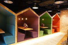 Like the idea of different colors for each space, doghouse design
