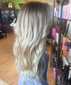Blonde ombré baylage shadow root blonde rooted icey blonde ice platinum blondie long hair