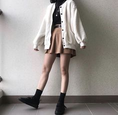 Best fashion outfits going out casual Ideas - Anziehsachen - Modetrends Mode Outfits, Grunge Outfits, Girl Outfits, Fashion Outfits, Fashion Clothes, Hipster Outfits, Fashion Belts, Trend Fashion, Cute Fashion