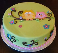 @Cierra Chavez, i saw the owls for emilys party.. heres a cake!
