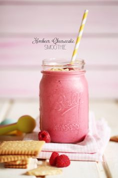 Raspberry Cheesecake Smoothie using the le-vel thrive shake mix! On my way to lose those 25 lbs! Purchase the shake mix here: http://ksouth.le-vel.com/