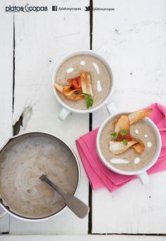 Revista PlatosyCopas // Crema de lentejas con leche de coco y chips yuca.