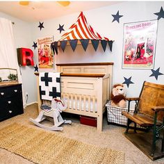 This vintage circus nursery is just perfect! Thanks for the tag @classyclutter ❤️ Hashtag #decorforkids for a chance to be featured!