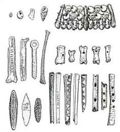 MusicArt INSTRUMENTOS  MUSICALES  del PALEOLÌTICO Flautas y silbatos hechos con huesos o cuernos, conchas como sonajeros, bramadores.