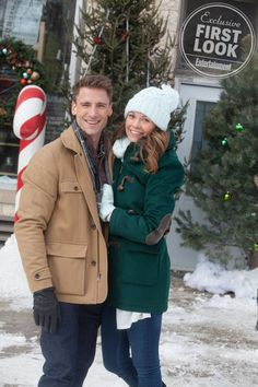 Here's when all 14 new Lifetime original Christmas movies will air (plus four bonus films)