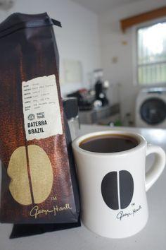 アメリカ・ボストンより   ブラジル Daterra 3600-3900feet ブルボン種 ナチュラル生産処理   ミルクチョコレートやバニラといった 甘いスパイスを感じる風味☆
