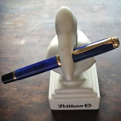 Thank you @pelikan_international for this gift for @beingPelikan! Now my #PelikanM800 #BlueoBlue has a place of it's own. =) #PelikanPen #fountainpen #Padgram