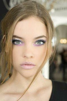 Lavender eyeliner and nude lip