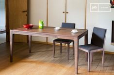 Table Hemët and others dining tables to discover at PIB, the specialist in vintage furniture, lighting and decorating style. #diningtable