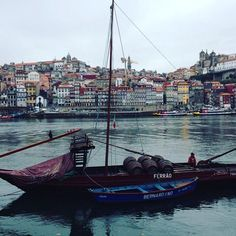 Some cities will only reveal themselves as your wander and ask questions. Are you ready? #Erasmus #UniplacesLiving #Goabroad #adventure #Porto  Photo by: @zepinto16