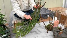 Evergreen gnomes: Easy DIY Christmas yard decorations or for your porch Diy Christmas Yard Decorations, Christmas Planters, Christmas Diy, Dinner Set Diy, Diy Crafts Magazine, Christmas Front Doors, Diy Garden Decor, Easy Diy, Scandinavian Gnomes
