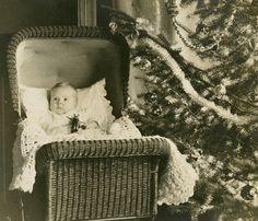 .Christmas tot