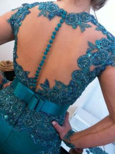 Detalhes Couture Outfits, Couture Dresses, Fashion Dresses, Red Bridesmaid Dresses, Prom Dresses, Skirt And Top Dress, Gaun Dress, Lace Dress Styles, Party Frocks