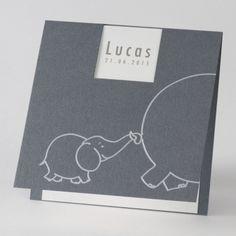 Vierkant geboortekaartje met olifantje in folie (580.019) www.buromac.com