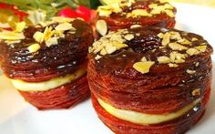 Resep Kue: Cronut Red Velvet Red Velvet Recipes, Cronut, Fancy, Baking, Ethnic Recipes, Food, Bakken, Essen, Meals