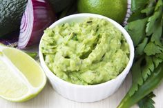 9 Healthy Dips to Get Addicted To >>>> Edamame Guacamole This bright green guacamole is creamy and delicious. It has all the flavors of traditional guacamole but gets an extra kick of protein from the edamame. Healthy Dips, Healthy Recipes, Dip Recipes, Eating Healthy, Hacks Cocina, High Fiber Snacks, How To Ripen Avocados, How To Make Guacamole, Flat Belly Diet