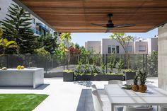 Maison design avec jardin 11
