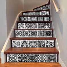 Uphome 6 PCS Floral Tile Self-Adhesive Stair Stickers Removable Tile Decals - Stair Riser backsplash for Living Room, Hall, Kids Room Decor (Floral Tile) Staircase Decals, Staircase Design, Wall Mural Decals, Tile Decals, Home Interior, Decor Interior Design, Interior Decorating, Azulejos Diy, Diy Tuiles