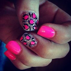 I think you should get your nails done like this. You like? @Bevvvvverly Steele