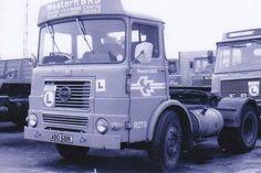 Vintage Trucks, Old Trucks, Old Lorries, Classic Trucks, Buses, Old School, British, Vans, Europe