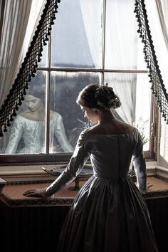 Jenna Coleman as the young Victoria in ITV's 2016 costume drama. Victoria 2016, Victoria Itv, Victoria Series, Reine Victoria, Queen Victoria, The Young Victoria, Princess Aesthetic, Jenna Coleman, Photography