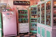 Tour the best Pet Boutique and Grooming Salon| Bow Wow Beauty Shoppe | Dog Grooming San Diego | Pet Boutique, Dog Bakery |Bow Wow Beauty Sho...