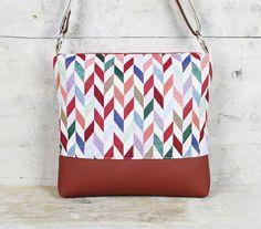 Umhängetasche mit geometrischem Muster / colourblocking shopper bag, geometrical pattern made by Miyas Accessoiers via DaWanda.com