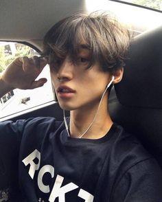 boy, ulzzang, and asian -kuva Korean Boys Ulzzang, Ulzzang Couple, Korean Men, Ulzzang Girl, Korean Girl, Cute Asian Guys, Cute Korean Boys, Asian Boys, Cute Guys