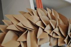 Toast & Laurel kraft paper wreath tutorial Whimsical Christmas, Elegant Christmas, Merry Little Christmas, Christmas Crafts, Holiday Wreaths, Holiday Decor, Paper Wreaths, Magnolia Wreath, Minimalist Christmas