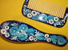 Wooden hair brush and comb set  Hand-carved by BloomingYourMind