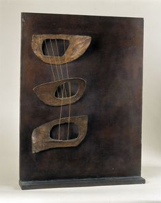 lesfemmesartistes:  Barbara Hepworth, Maquette, Three Forms in Echelon, 1961.