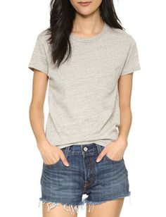 Hot Sales Loose Classic Tee in Patch Pocket          https://www.clothescheap.com/product/sexy-cut-work-cami-tank-top-in-slim-fit-1352025