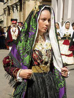 folk costume of Sardinia