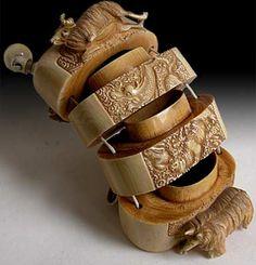 Antique Japanese Ivory Inro of 12 Zodiac Animals, Signed: Yoshigawa. Edo Era, mid Century H W D Korean Art, Asian Art, Japanese Pottery, Japanese Art, Edo Era, Geisha Art, Turning Japanese, Art Japonais, Asian Design