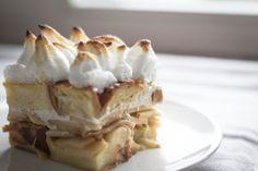 bake your slovak roots / slovenské korene: Apple Cheese Bread Pudding / Jablkovo Tvarohová Žemľovka